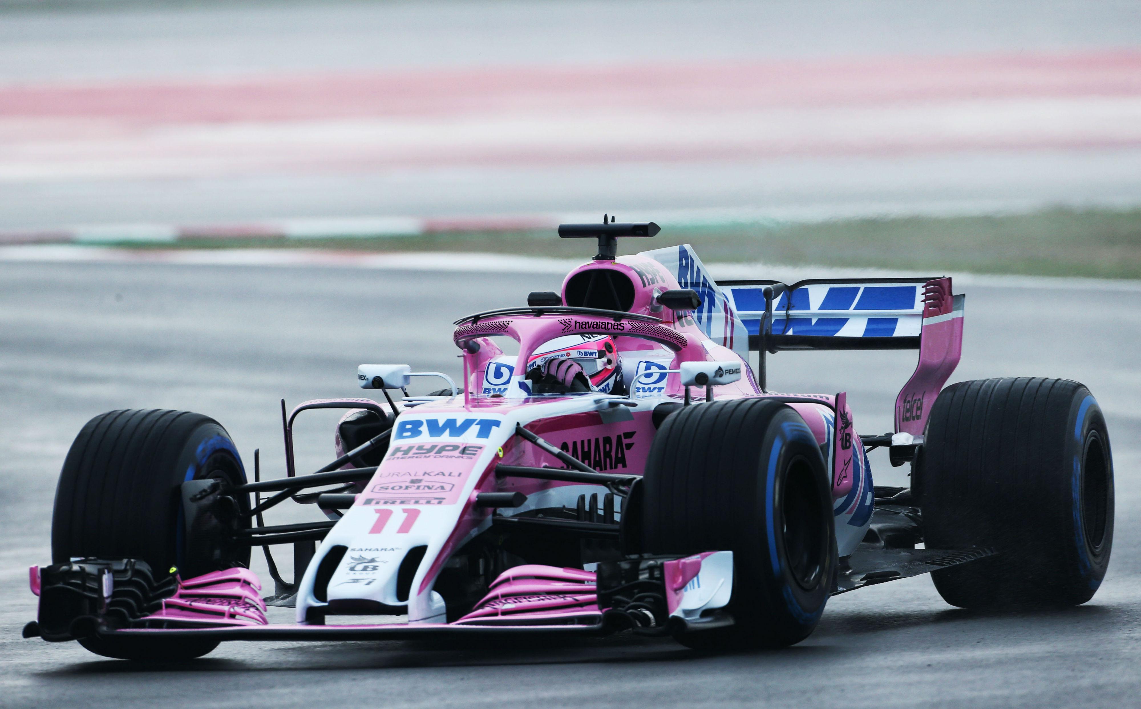 Carro da equipe Force India da Fórmula 1 com logo das Havaianas (DIvulgação)