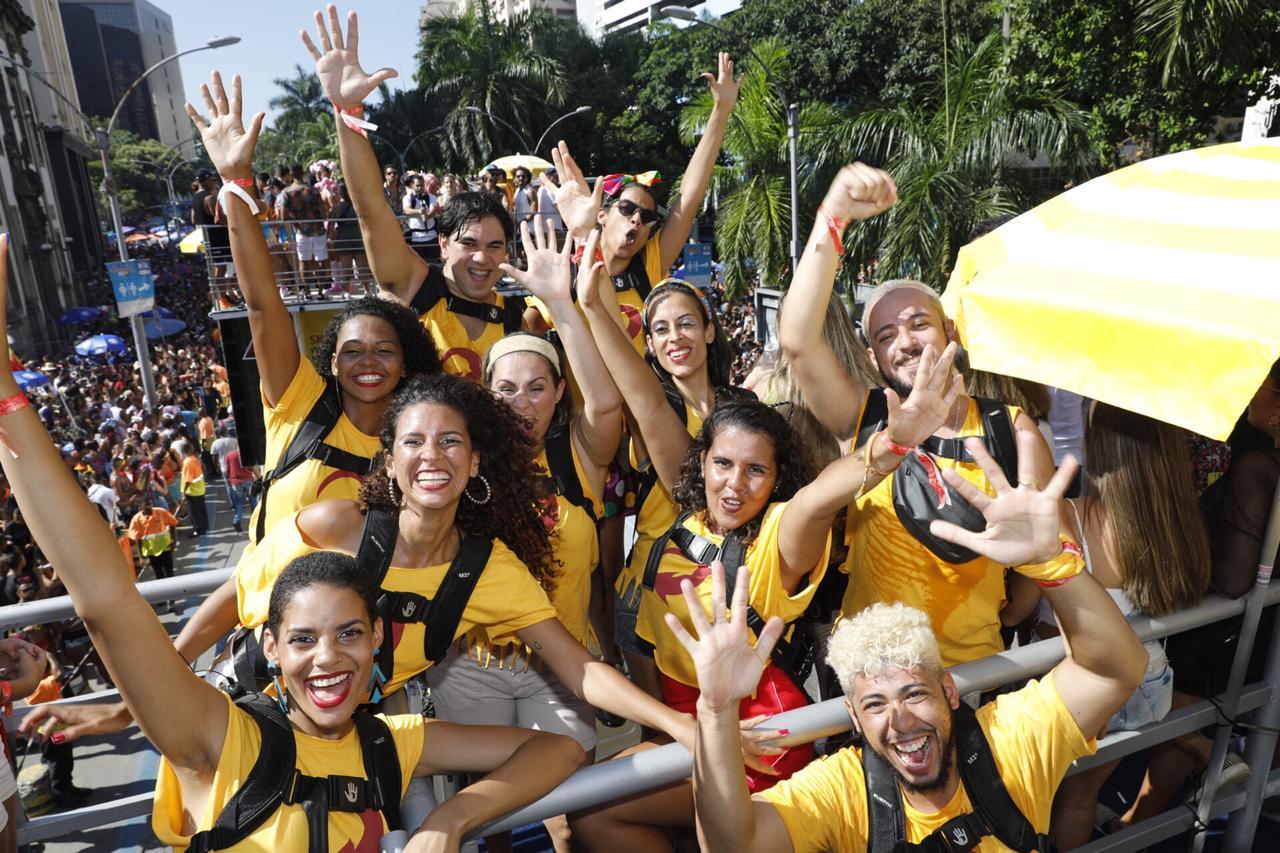 Cantora Anitta reuniu surdos para curtirem o Carnaval no Bloco das Poderosas em 9 de março, no Rio (Divulgação)