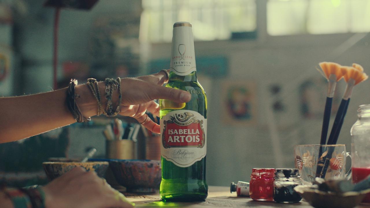 Trecho do vídeo da nova campanha da Stella Artois (Reprodução)